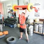 Strongman Log press st Coco's Gym