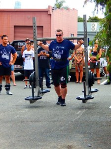 Christian on his way to 3rd place in the yoke walk with 250kgs on his back
